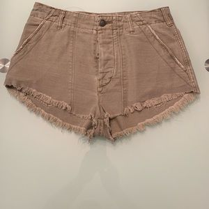 Shorts unknown brand button down tan see pictures